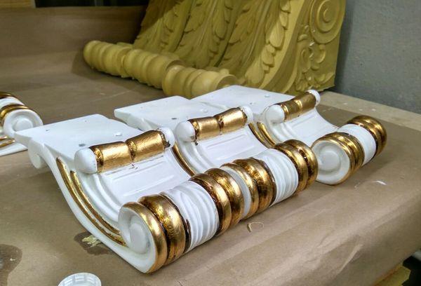 Декорирование золотой поталью