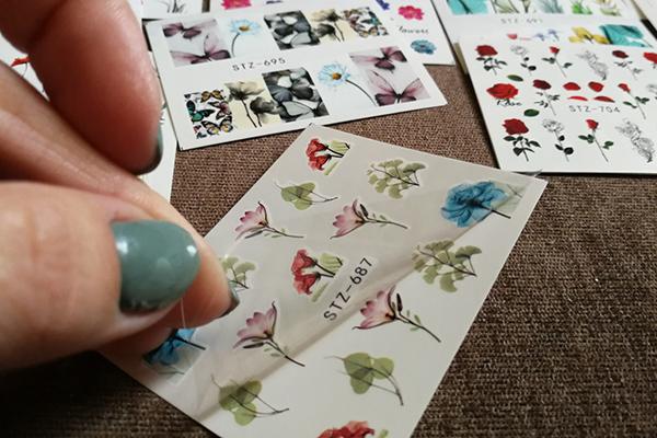 Водные наклейки для ногтей