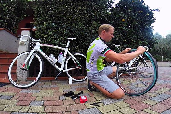 Ремонт велосипедного колеса